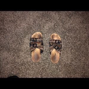 2 strapped tribal printed sandals